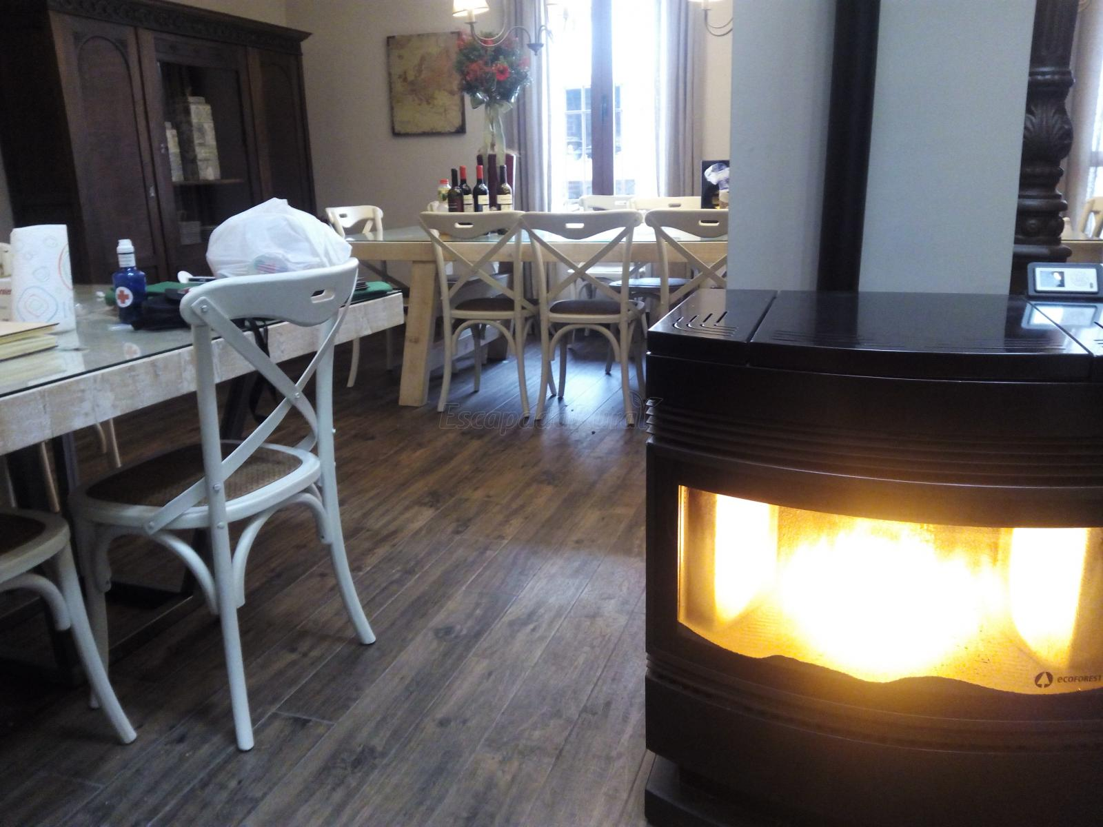 Opiniones sobre casa rural valle de la laguna madrid for Casa rural romantica madrid