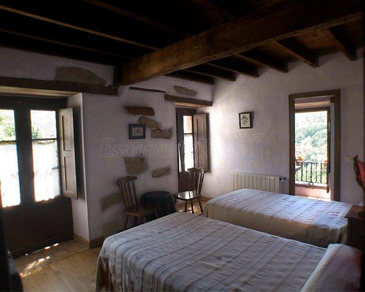 Opiniones sobre casa de aldea la valleja asturias for Llanes habitaciones