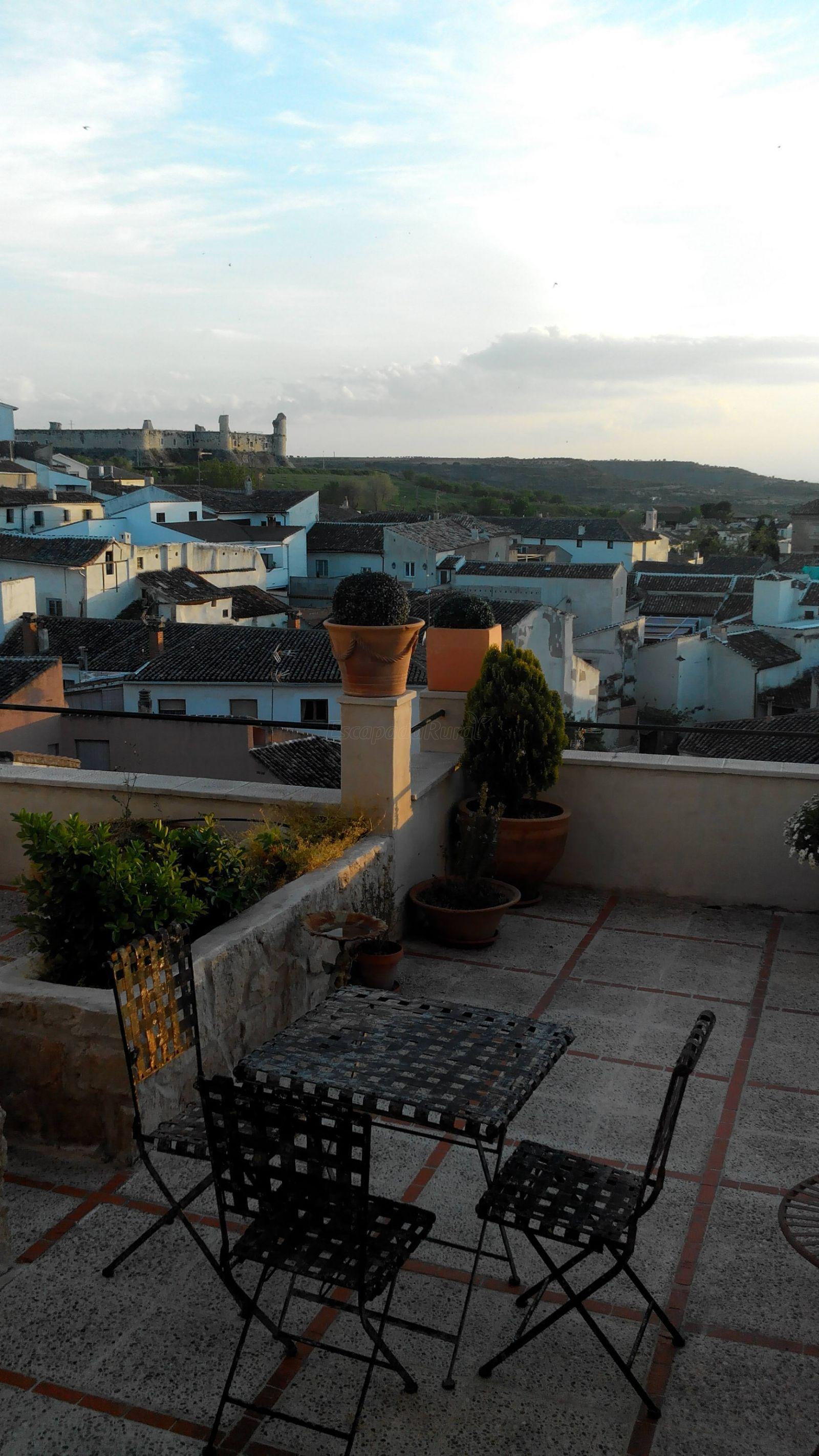 Opiniones sobre casa rural terrazas a la plaza madrid for Casas sobre terrazas